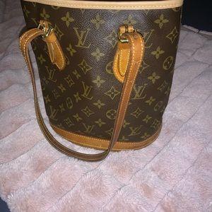 Louis Vuitton Petite